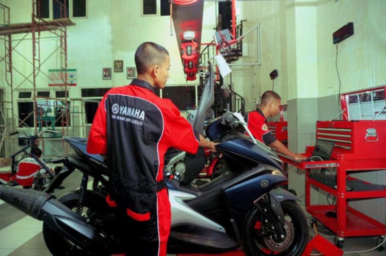 Teknik Bisnis Sepeda Motor
